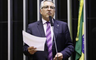 Padilha aciona TCU para análise de postagem da Secom sobre uso da cloroquina