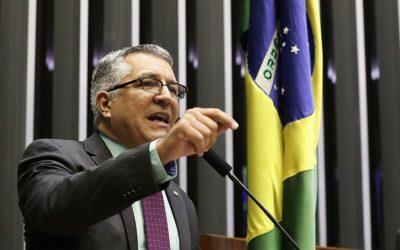 Padilha propõe criação de painel permanente de especialistas brasileiros em coronavírus