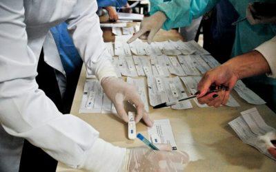 Parlamentares aprovam texto do Senado que amplia lista de profissionais com prioridade na testagem do coronavírus; PL é de coautoria do Padilha