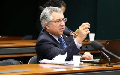 Em resposta a Bolsonaro, Padilha apresenta PL que proíbe fotos não autorizadas em hospitais